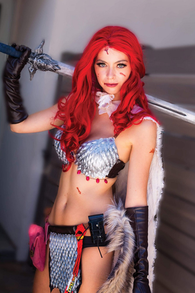 Red Sonja #12 (15 Copy Cosplay Virgin Cover)