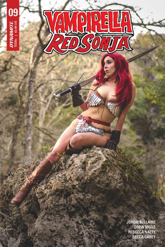 Vampirella / Red Sonja #9 (Athena Rose Cosplay Cover)