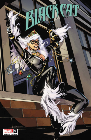 Black Cat #5 (Lupacchino Cover)