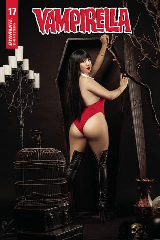 Vampirella #17 (Ramirez Cosplay Cover)