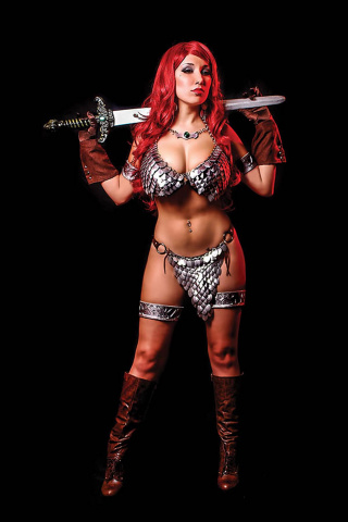 Red Sonja #10 (15 Copy Cosplay Virgin Cover)