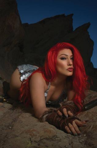 Red Sonja: Black, White, Red #3 (20 Copy Cosplay Virgin Cover)