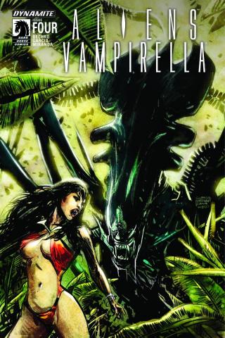 Aliens / Vampirella #4 (Hardman Cover)