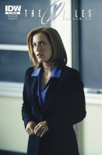 The X-Files, Season 10 #9 (Subscription Cover)