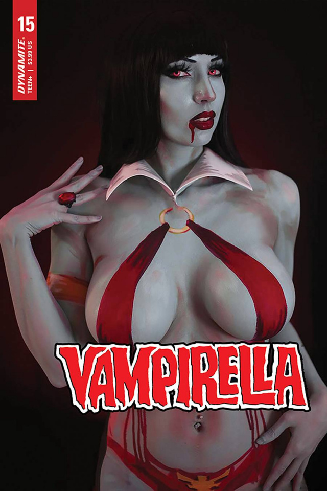 Vampirella #15 (Intraventus Cosplay Cover)