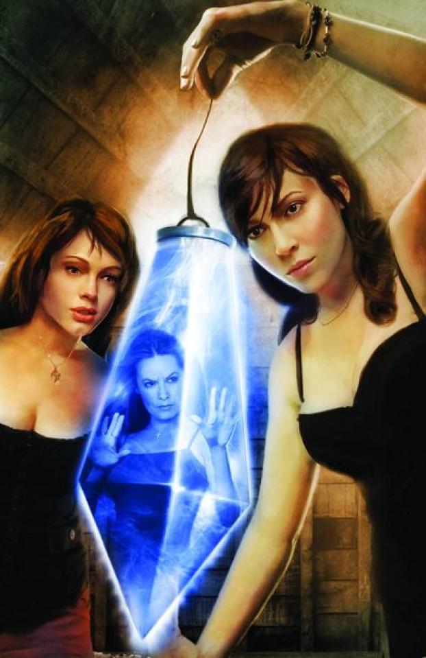 Charmed #9 (Seidman Cover)