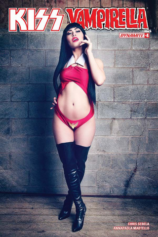 KISS / Vampirella #4 (Cosplay Cover)