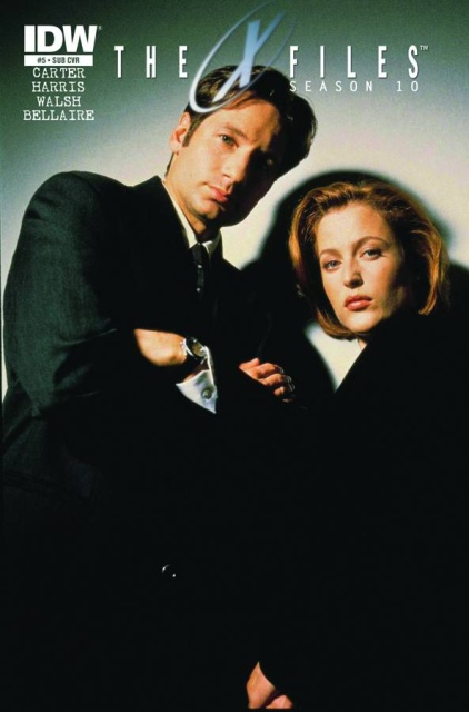 The X-Files, Season 10 #5 (Subscription Cover)