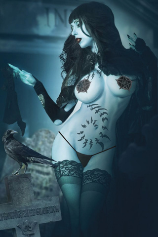 Tarot: Witch of the Black Rose #119 (Cosplayer Photo Cover)