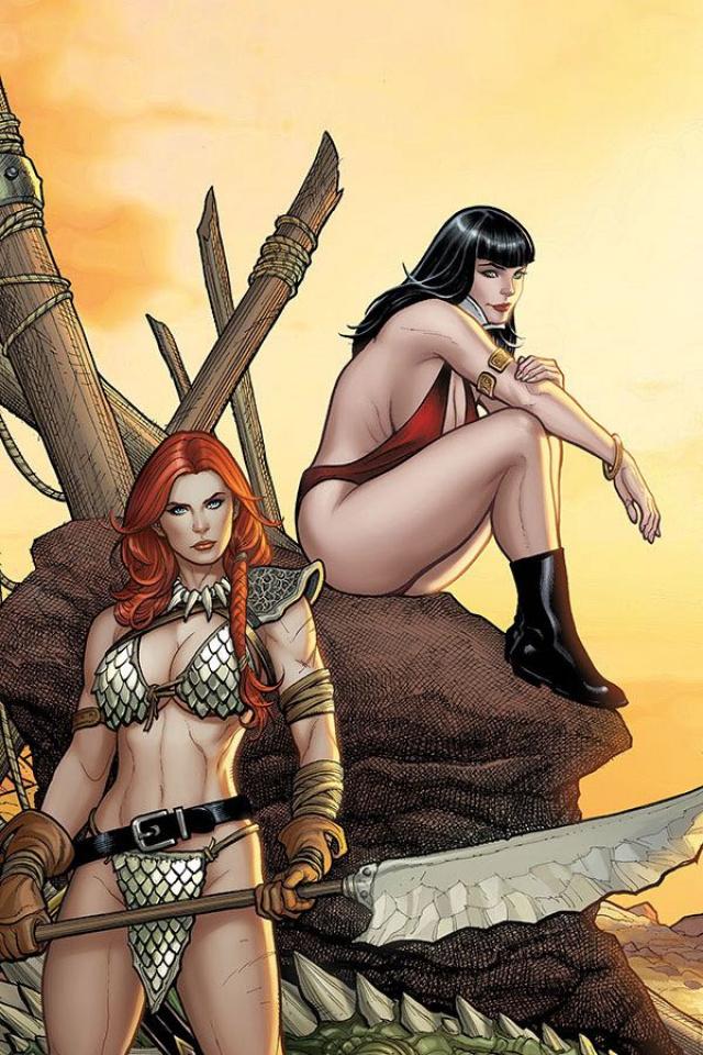 Vampirella / Red Sonja #2 (25 Copy Cho Sneak Peek Virgin Cover)