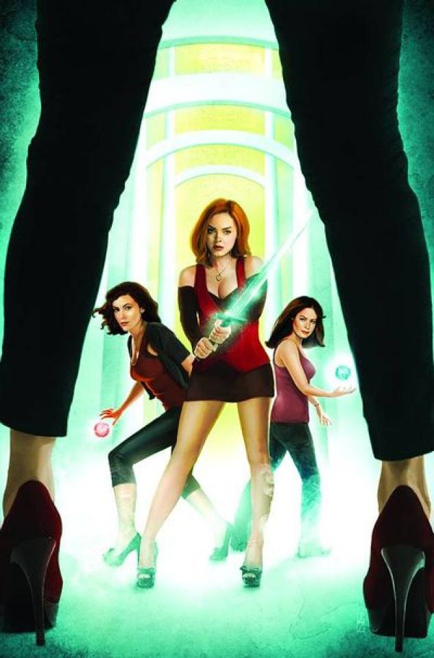 Charmed #12 (Seidman Cover)