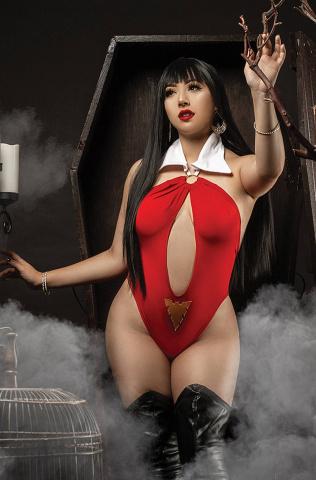Vampirella: The Dark Powers #4 (35 Copy Cosplay Virgin Cover)