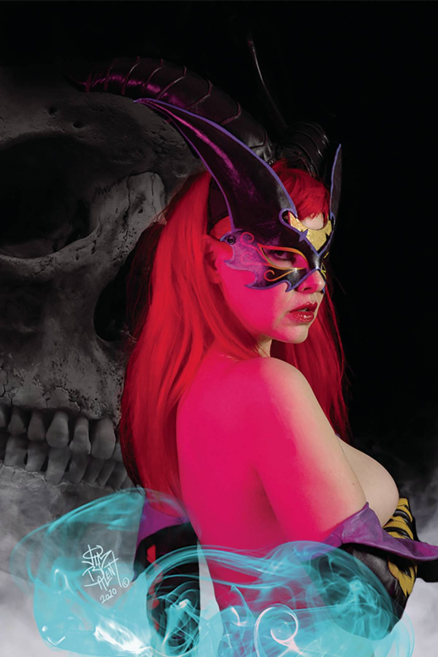 Tarot: Witch of the Black Rose #127 (Cosplay Photo Cover)