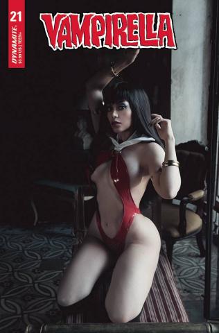 Vampirella #21 (Lorraine Cosplay Cover)