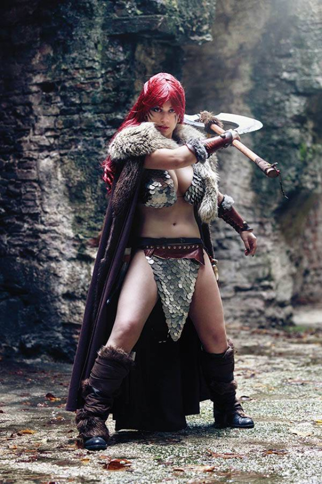 Red Sonja: Age of Chaos #5 (30 Copy Cosplay Virgin Cover)