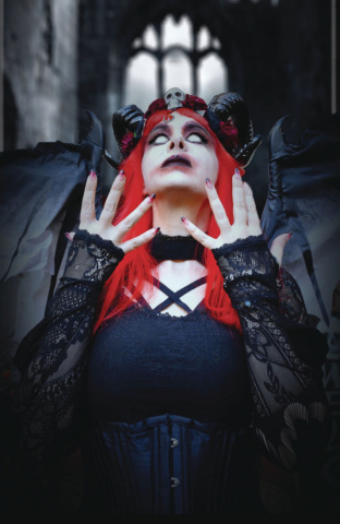 Tarot: Witch of the Black Rose #115 (19th Annv. Photo Cover)