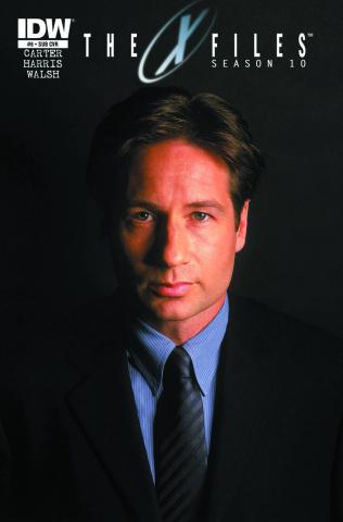 The X-Files, Season 10 #8 (Subscription Cover)