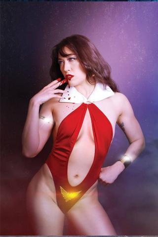 Vengeance of Vampirella #11 (20 Copy Lee Cosplay Virgin Cover)