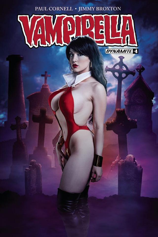 Vampirella #4 (Cosplay Cover)