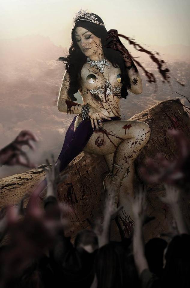DIE!namite #4 (15 Copy Hollon Zombie Cosplay Virgin Cover)