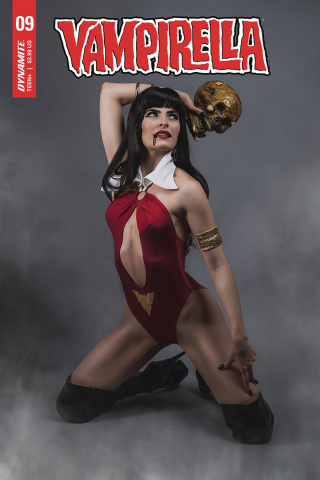 Vampirella #9 (Teena Titan Cosplay Cover)