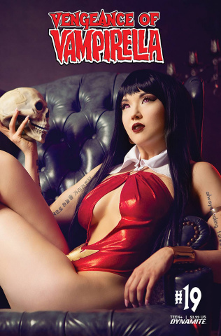 Vengeance of Vampirella #19 (Cosplay Cover)
