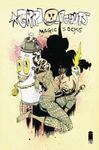 Grrl Scouts: Magic Socks #5 (Mahfood Cover)