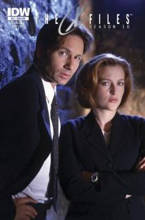 The X-Files, Season 10 #21 (Subscription Cover)