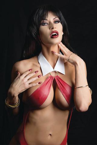 Vampirella vs. Reanimator #4 (30 Copy Cosplay Virgin Cover)