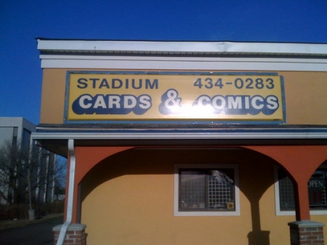 Stadium Cards & Comics