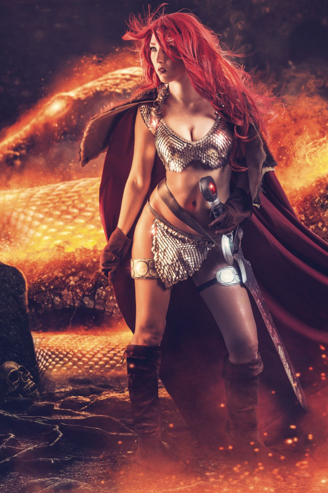 Red Sonja #2 (10 Copy Cosplay Virgin Cover)