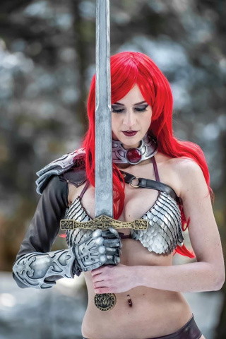 Red Sonja #14 (15 Copy Cosplay Virgin Cover)