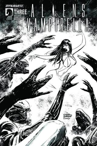 Aliens / Vampirella #3 (15 Copy B&W Cover)
