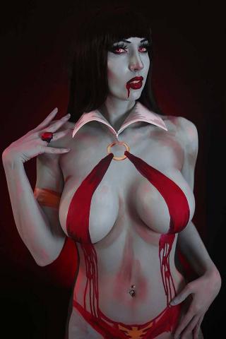 Vampirella #15 (25 Copy Intraventus Cosplay Virgin Cover)