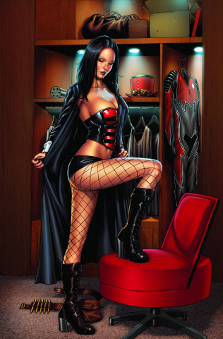 Grimm Fairy Tales: Realm Knights #1 (Spay Black Cloak Cover)